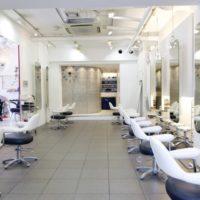 「面貸し美容師(ミラーレンタル)」と「雇用されている美容師」の所得税における3つの違い